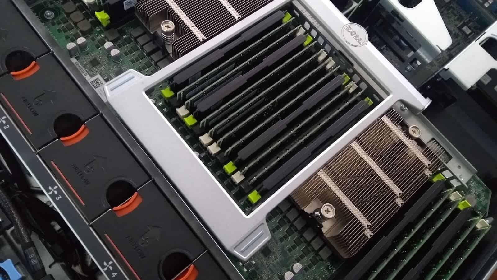 caracteristicas de la memoria ram - puertos servidor
